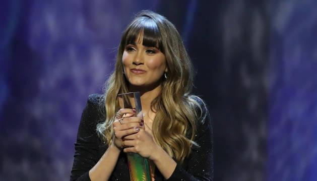 Imagen de Aitana, que recibió el premio a artista revelación.