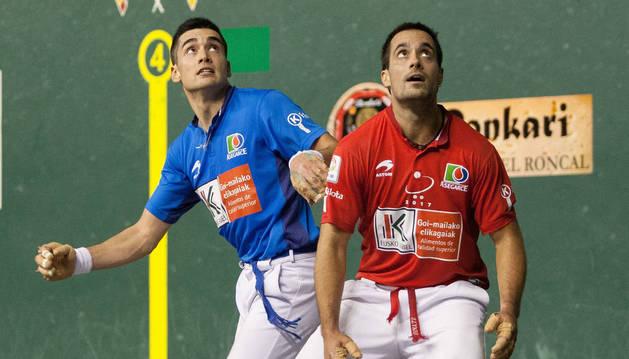 Víctor y Bengoetxea VI en un partido anterior en el Adarraga.