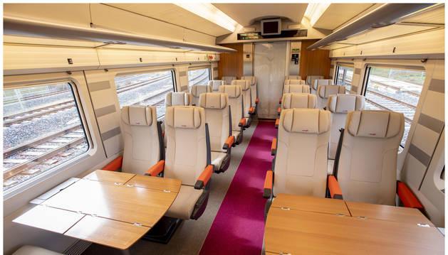 Foto del interior del AVLO, el tren AVE low cost de Renfe.
