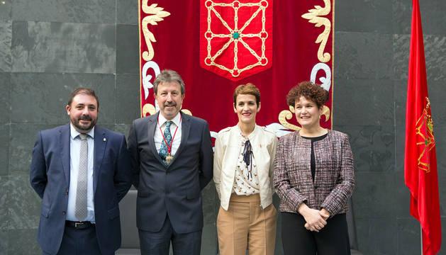 De izda a dcha: Hualde, Ordoki, Presidenta Chivite y Olaechea.