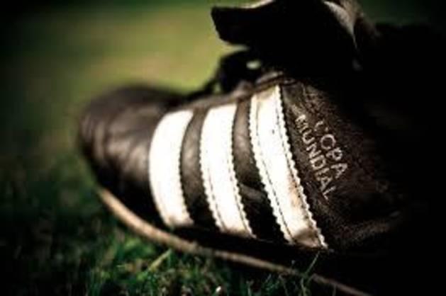 Foto de una zapatilla de fútbol