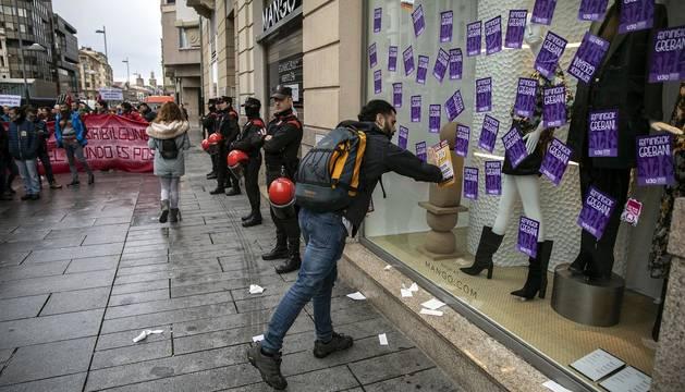 Imágenes de la jornada de huelga convocada este jueves 30 de enero en Navarra por los sindicatos ELA, LAB, Steilas, Esk, Ehne, Hiru y Etxalde.