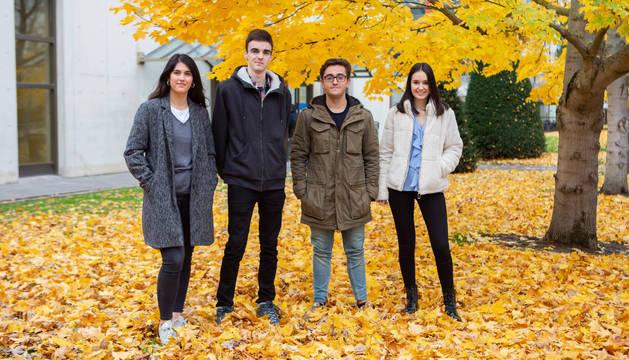 Los alumnos promotores de la aplicación: María Ovejero, Iván Caballero, Javier Ángel Hernández y Patricia Díez.