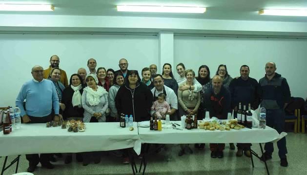 Los participantes en el curso de cocina promovido por la Asociación Taurina Fitoro y que ha impartido el chef David González.