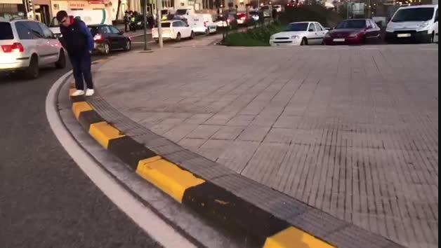 Vídeo: Recorrido del coche que atropelló a dos personas en Cuatrovientos