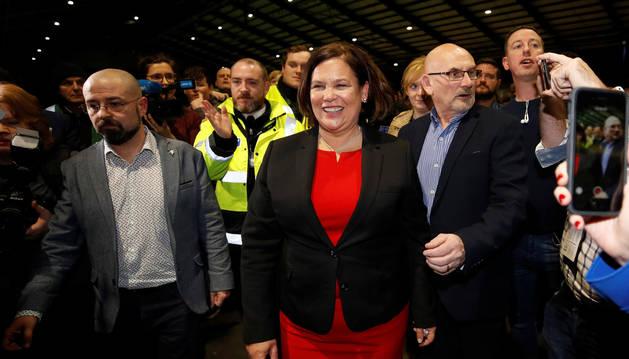 Mary Lou McDonald, líder del Sinn Fein, tras conocer los resultados electorales de su partido.