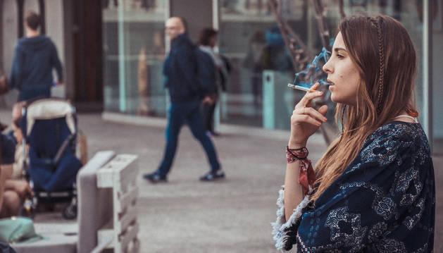 foto de La empresa pueda descontar del cálculo efectivo de la jornada de sus trabajadores el tiempo que emplean en desayunar, tomar un café o fumar