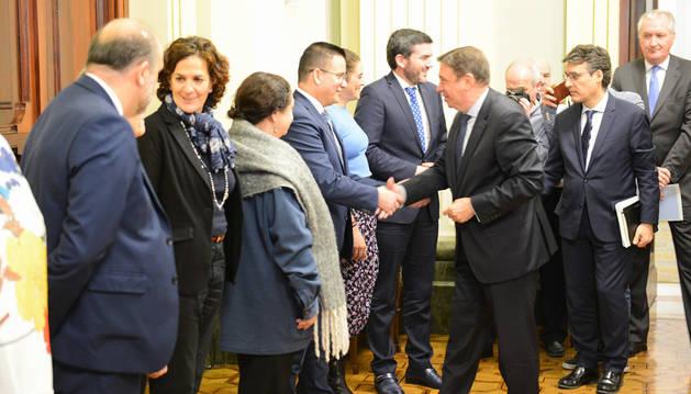 Itziar Gómez traslada al ministro Planas la necesidad de eliminar las prácticas abusivas en distribución