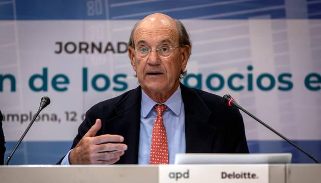 foto de El vicepresidente de Institución Futuro, Miguel Canalejo, en la presentación del informe