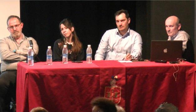 Javier iribarren, María Chaudarcas, Nicolás Ulibarri y Víctor Pinillos