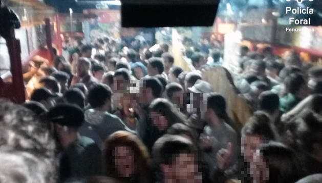 Foto del interior del bar de Tafalla.