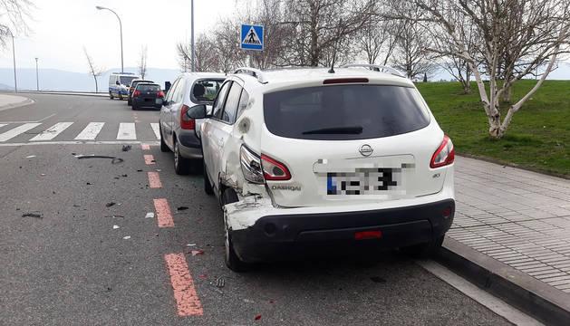 Daños en un vehículo implicado en uno de los accidentes del fin de semana.
