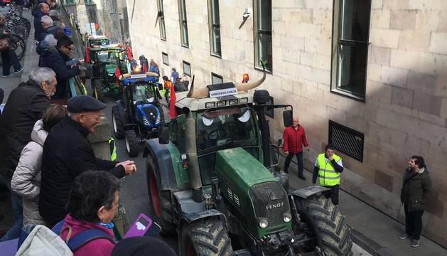 Fotos de la caravana de tractores en Navarra