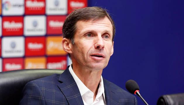 Ziganda, durante la rueda de prensa de su presentación como nuevo técnico del Real Oviedo.