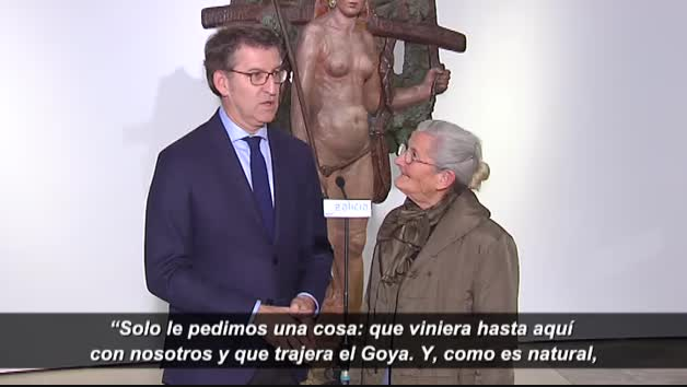 Divertido y entrañable encuentro entre Feijóo y Benedicta Sánchez