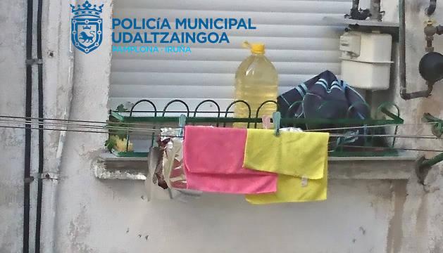 Avisan a la Policía Municipal de Pamplona por la caída de gotas de sangre