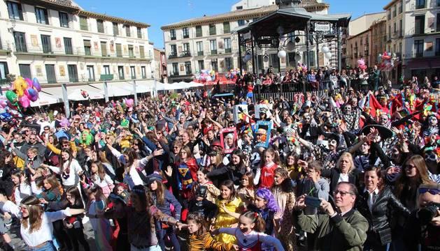 Galería de fotos del Carnaval celebrado el domingo 23 de febrero en Tudela