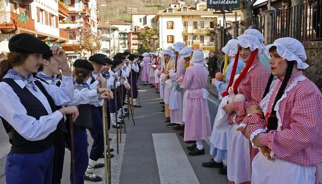 Galería de fotos del Carnaval celebrado el sábado 23 de febrero en Bera