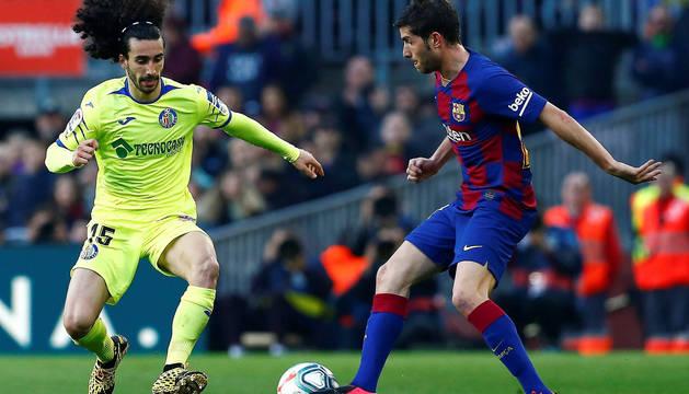 Cucurella y Sergi Roberto, en un Barça-Getafe.