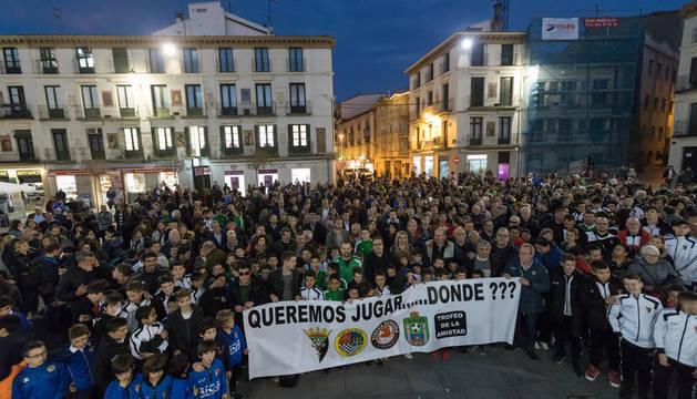Foto de la concentración en Tudela del 24 de febrero pidiendo