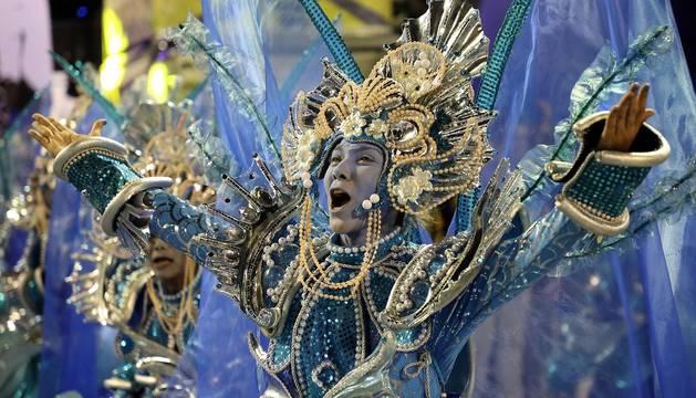 Los desfiles del Carnaval de Río abren con un llamamiento para salvar el medioambiente
