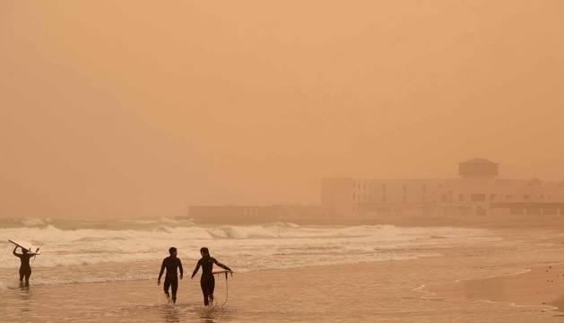 Fotos de Santa Cruz de Tenerife cubierta por la calima