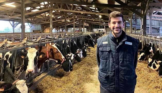 Pablo Huegun Rodríguez terminó en junio el grado de Veterinaria en Valencia y ahora trabaja en una clínica en Normandía.