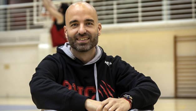Jordi Juste, nuevo entrenador del Basket Navarra, en Arrosadía.