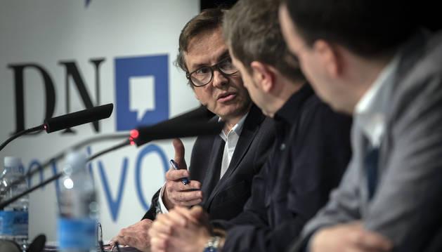 Pedro Andrés López traslada sus argumentaciones al alcalde de Igantzi, Juankar Unanua, y a l representante de ANET, Ignacio Orradre.