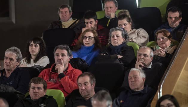 Foto de asistentes al foro de Diario de Navarra celebrado en Bera sobre la N-121-A.