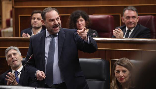 Ábalos dice que su asistente, Koldo García, salvó la vida a dos policías