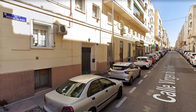 Calle Virgen de los Reyes del barrio de la Concepción donde ocurrieron los hechos.