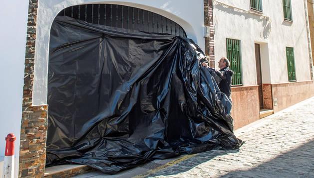 Una mujer asesinada en Sevilla por su marido, que se ha suicidado