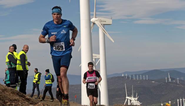 Dos corredores, en la parte alta de la sierra durante la 'Galar Trail' del pasado año.