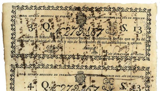 foto de Los dos cuartos del billete de lotería de 27.167 para el sorteo del 16 de noviembre de 1815.