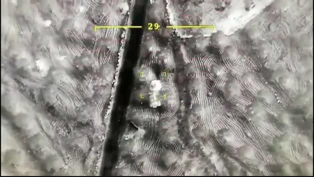 Vídeo del ejército turco bombardeando varios objetivos en Siria