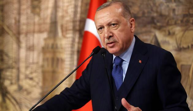 Erdogan advierte de que 30.000 refugiados pueden intentar cruzar hoy a Europa