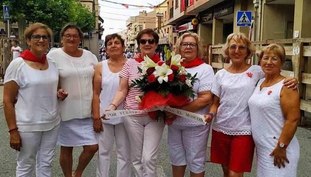 La junta de la asociación Mujeres Adrianesas y Viceversa que ha preparado las actividades