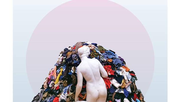 Portada del libro 'Fashionpolis: El precio de la moda rápida y el futuro de la ropa'(editorial Superflua), de la periodista estadounidense Dana Thomas.