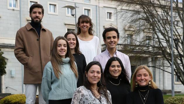 Foto de María Martínez, María Nucette, Isabel Latasa, Natalia Acitores, Rebeca Hitos, Rafael Pérez Araluce, Flavio Lercari e Isabel González-Ripa, algunos de los organizadores del ciclo.