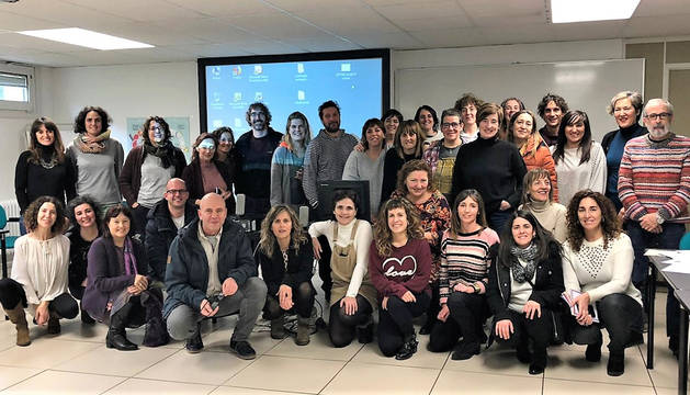 Participantes en el encuentro sobre el servicio del Gobierno de Navarra 'Voy y vengo'.