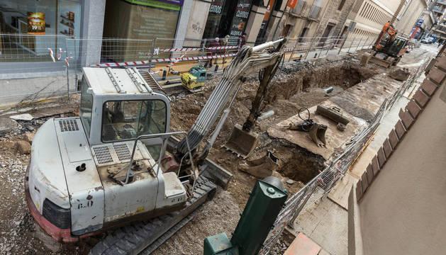 Estado actual de las obras de reforma de la calle Capuchinos de Tudela.