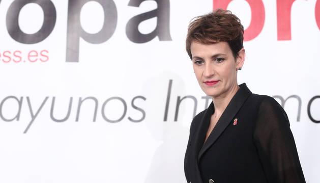 La presidenta de Navarra, María Chivite, a su llegada a los desayunos informativos de Europa Press.