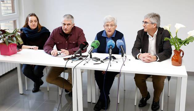 Rueda de prensa en el colegio Santa Luisa de Marillac en Barañáin.