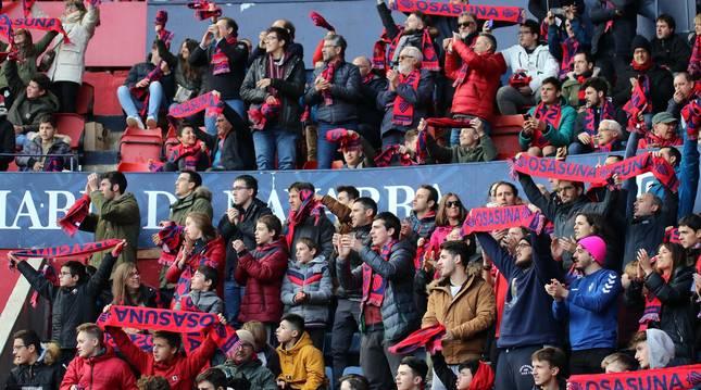 Galería de fotos del partido Osasuna-Espanyol Madrid disputado en El Sadar y correspondiente a la jornada 27 de LaLiga Santander.