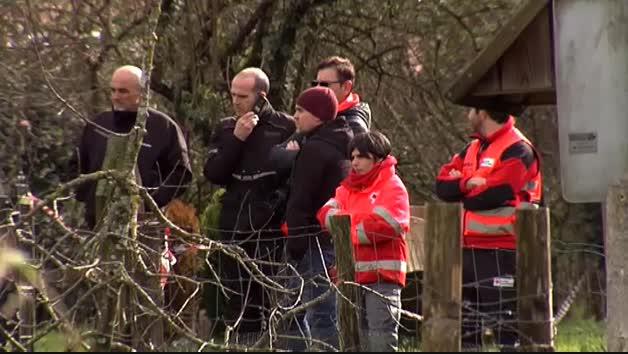 Tres desaparecidos al precipitarse su vehículo al río Urumea en Hernani