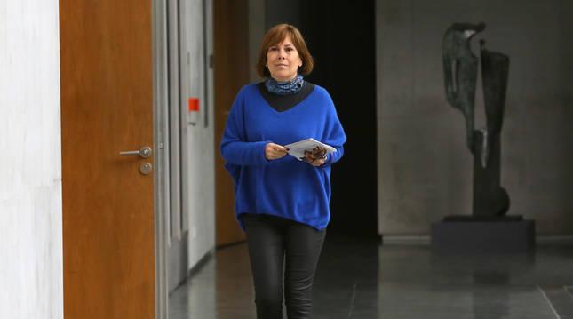 foto de La portavoz de Geroa Bai en el Parlamento de Navarra, Uxue Barkos