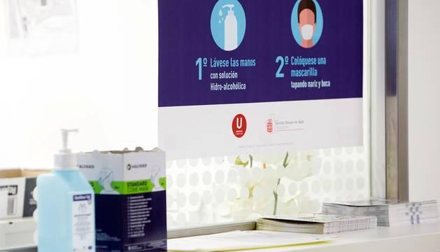 Zona de Admisión en Urgencias Generales con recomendaciones generales ante los casos de coronavirus en España.