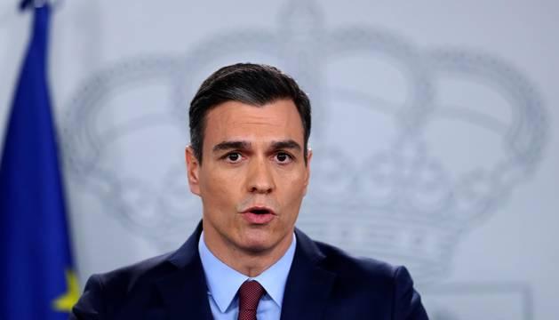 Foto de la comparecencia de Pedro Sánchez tras la reunión extraordinaria por videoconferencia del Consejo Europeo por el coronavirus el 10 de marzo.