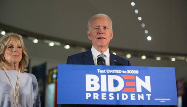 foto de El exvicepresidente de Estados Unidos Joe Biden en un mitin de las primarias demócratas